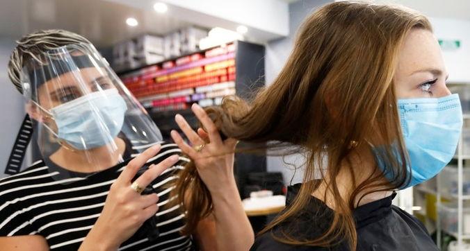 Снижение риска COVID-19 в парикмахерских и салонах красоты
